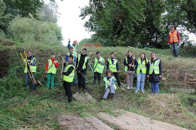 Help from The Parks Trust Youth Rangers